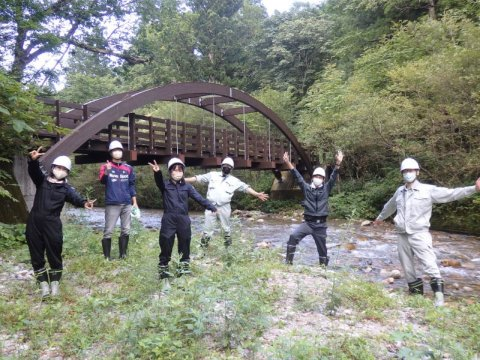 https://www.str.ce.akita-u.ac.jp/~gotouhan/syasin/f21chousa1.jpg
